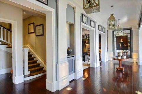 Article immobilier de prestige magnifique maison meudon newsletter h - Hauteur sous plafond maison ...