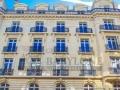 320 m² à Paris...