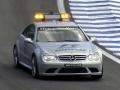 Course automobile : la voiture de sécurité...