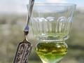 L'histoire mouvementée de l'absinthe...
